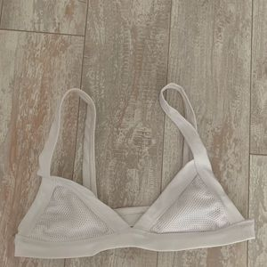 Coulbourne reve white top